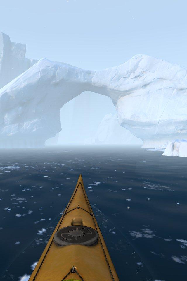 Blick aus dem Kanu auf die Eisberge